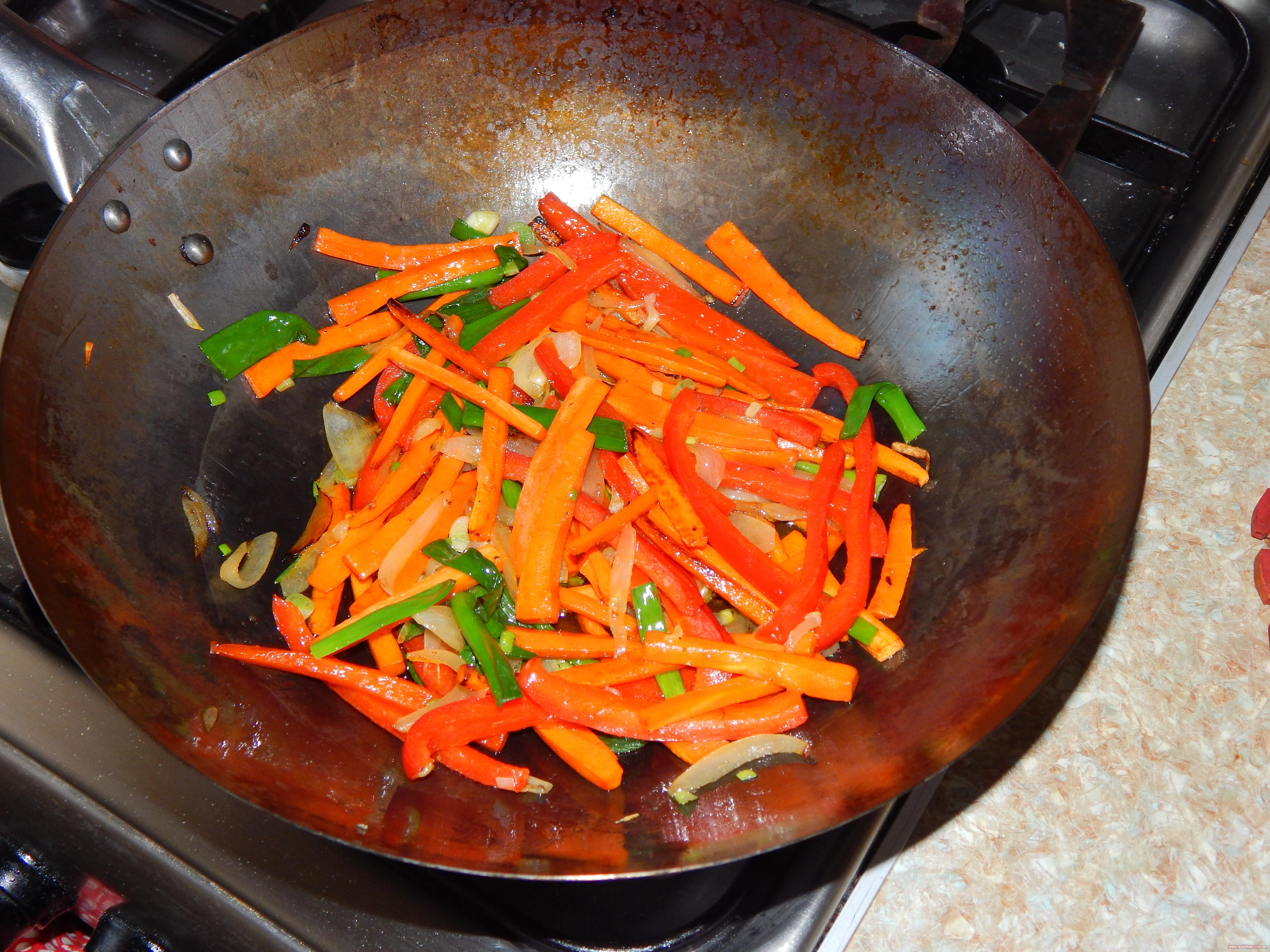 Что приготовить в сковороде вок рецепты